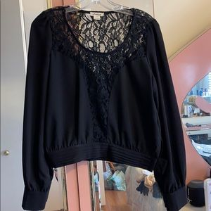 Love riche long sleeve detailed top